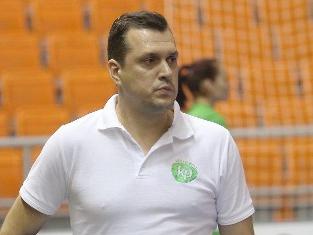 Trenér královopolských volejbalistek Marek Rojko.
