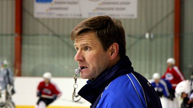 Trenér Rostislav Čada.