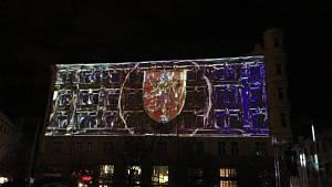 Silvestr v centru Brna slaví děti i důchodci. Akce vrcholí videomappingem