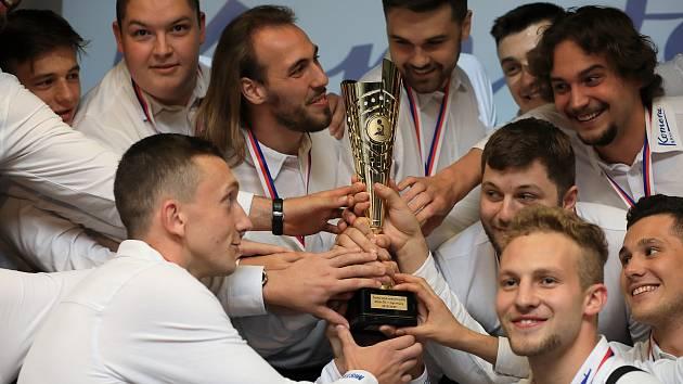 Vodní pólisté brněnské Komety ovládli základní část nejvyšší české soutěže a slaví první titul v historii.