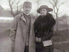 Valečná paměť - Emil Wald s manželkou.