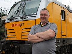 Patří k tomu nejmodejnějšímu, co na českých kolejích jezdí. Lokomotiva Vectron tahá například žluté vlaky RegioJetu.