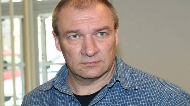 Osmačtyřicetiletý vrah Petr Kudílek.