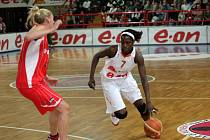 Basketbal Gambrinus - Hamchétou Maiga-Baová