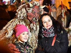 Vánoce v Bystrci s Dádou Patrasovou a čerty.