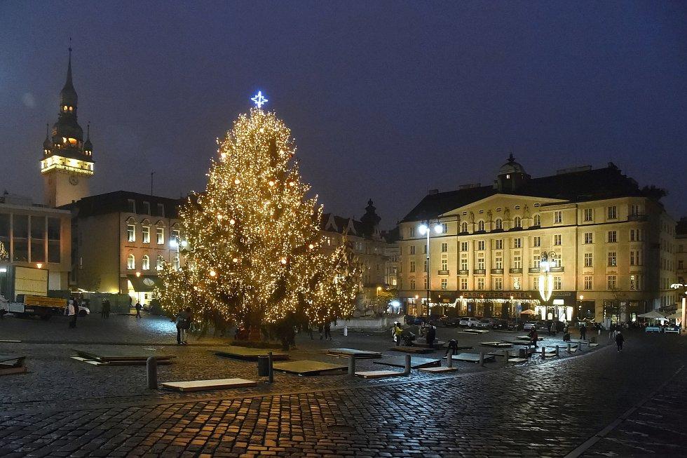 Vánočně ozdobený Zelný trh.