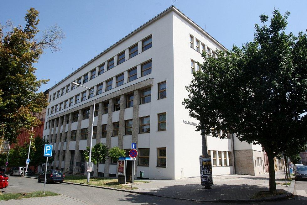 Poliklinika Zahradníkova v Brně.
