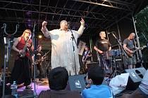 """Přímo v srdci """"brněnského Bronxu"""" se loni uskutečnil první ročník Ghettofestu, festivalu, který chce zlepšit nepříliš dobrou pověst čtvrti Cejl."""