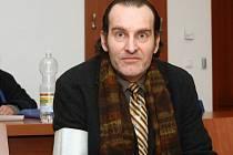 Jednatel slevového portálu UžijSiTo.cz Lubomír Herman před soudem.