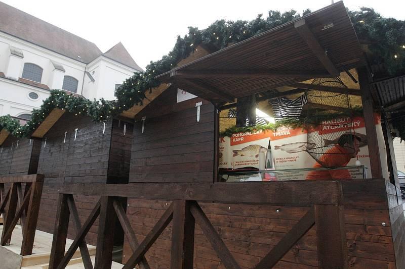 Novinka letošních vánočních trhů jsou stánky na Dominikánském náměstí. Budou čistě gastronomické.