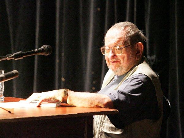 Jan Trefulka na literárním festivale Měsíc autorského čtení vDivadle Husa na provázku.