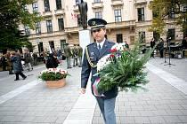 Už třiadevadesáté výročí od vzniku Československa si v pátek v Brně připomněli váleční veteráni, představitelé města a kraje a ostatní Brňané.