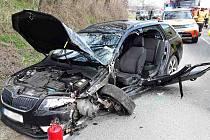 Dvě auta se ve středu čelně srazila u Němčiček na Brněnsku.