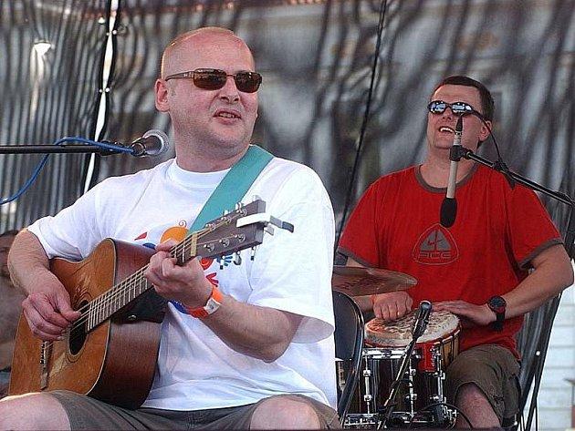 Radek Pastrňák s kapelou Buty.
