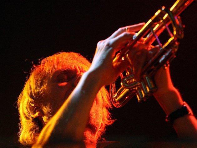 Švýcarský trumpetista Erik Truffaz.