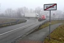 Odbočka z Podlesí na I/43 směrem na Brno.