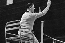 Legendární Leopold Jebáček byl i světově uznávaný rozhodčí.