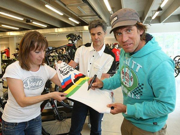 Bývalý švýcarský reprezentant vcyklokrosu a závodech na horských kolech Thomas Frischknecht.