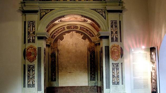 Výklenek barokní kaple na hradu Špilberk