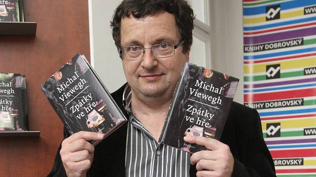 Spisovatel Michal Viewegh v úterý v Brně představil svoji novinku Zpátky ve hře.