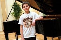 První místo v kategorii jedenáctiletých klavíristů získal Vojtěch Říha se skladbou Ludwiga van Beethovena Šest variací G dur.