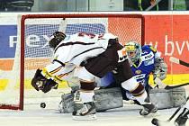 V prvním letošním vzájemném duelu Kometa porazila Spartu doma 4:3 v nájezdech. Jak dopadne v Praze?