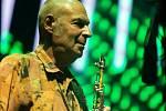 Nový brněnský festival s názvem Pop Messe přivítal v areálu stadionu za Lužánkami výrazné hudební osobnosti.