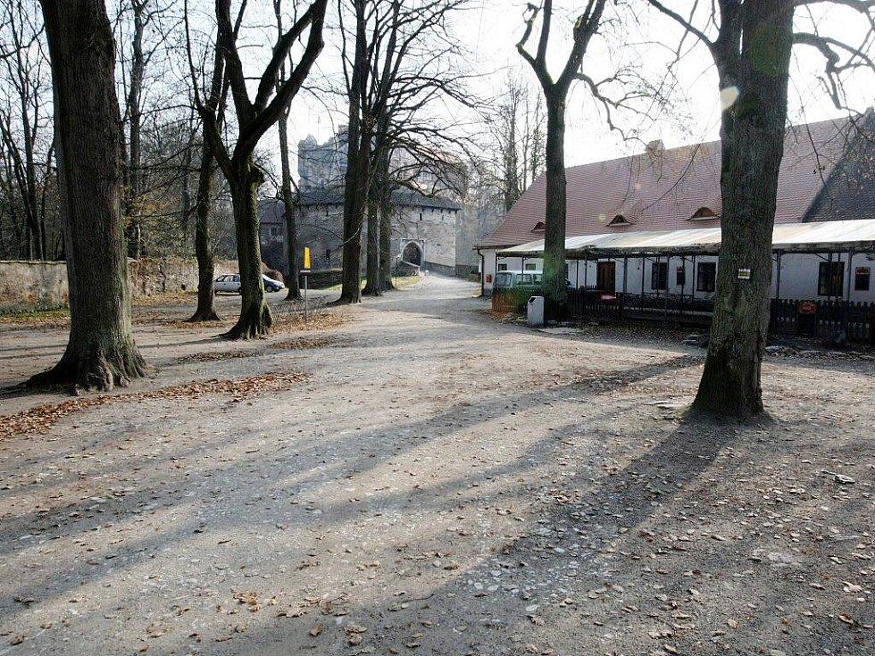 Lidé měli poslední šanci navštívit letos hrad Pernštejn.