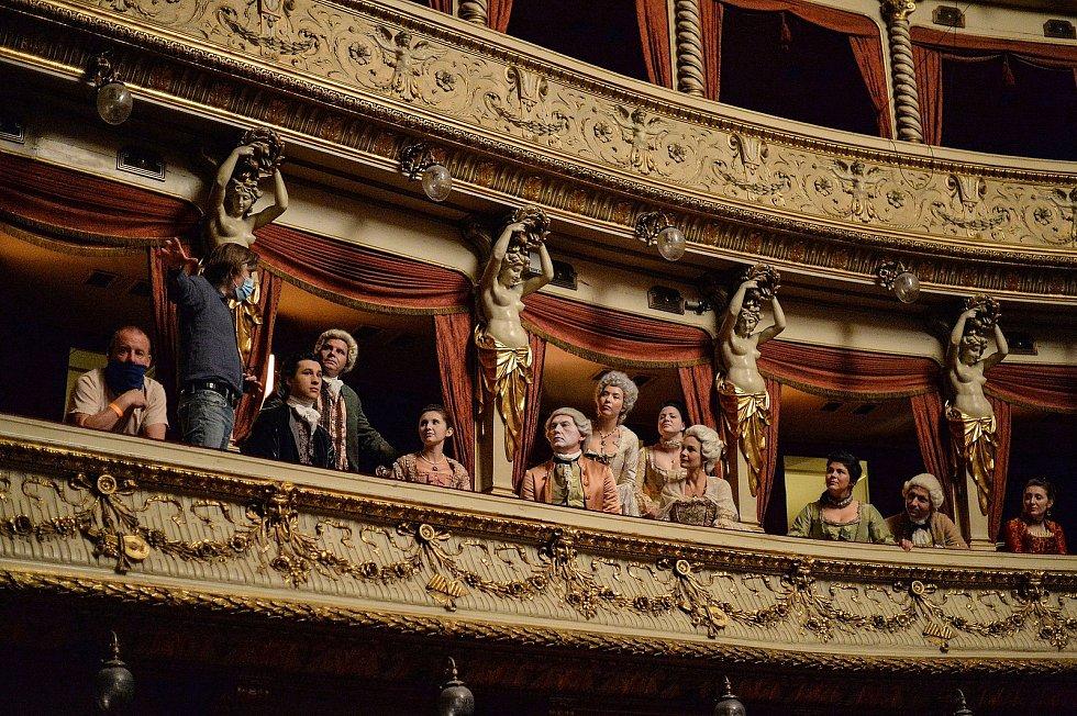 Natáčení filmu Il Boemo v Mahenově divadle v Brně.