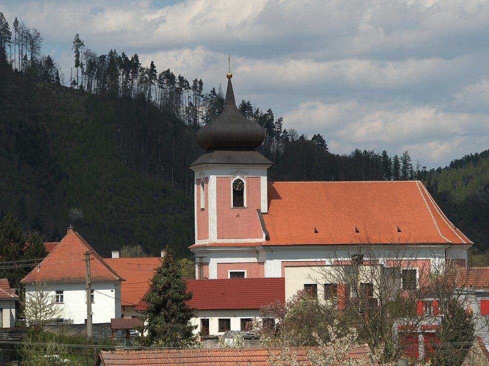 Foto střípky z Nedvědic.