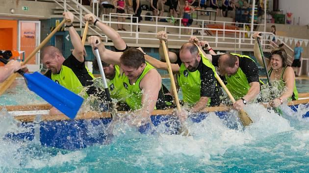 Halový pohár dračích lodí začne v sobotu hodinu před polednem v Městském plaveckém stadionu Lužánky.