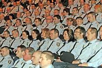 Slavnostní shromáždění a vyznamenání strážníků MP Brno při příležitosti 20. výročí jejího založení.