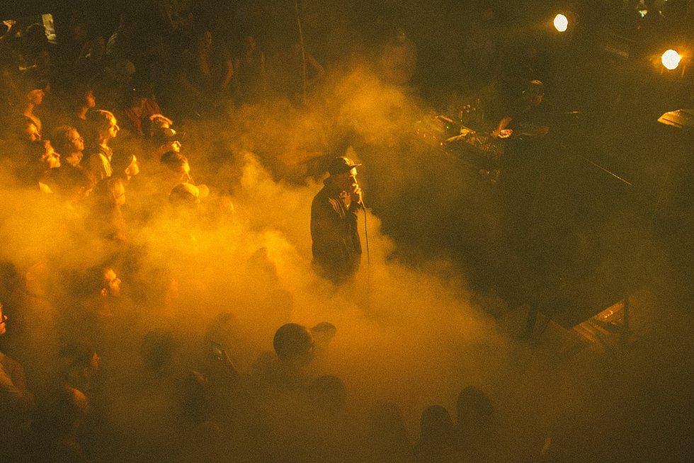 Festival Pop Messe ovládne stadion za Lužánkami a areál Boby centra v červenci. Vystoupí třeba Syny.