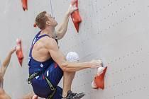 Rychlostní lezec Jan Kříž v akci.