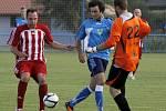 Velké Pavlovice (v červeném) v přípravě stále čekají na gól.