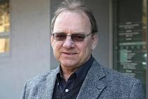 Hokejový obránce Oldřich Machač.