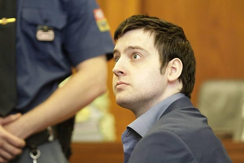 Případ čtyřnásobné vraždy, obviněný Kevin Dahlgren.