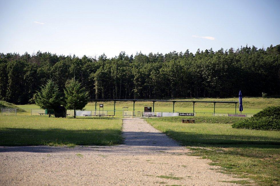 Brněnská broková střelnice v lese u Soběšic.