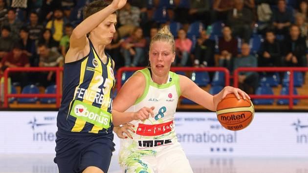 Basketbalistky Imosu se utkaly s týmem Fenerbahce Istanbul.