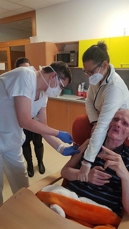 Mobilní očkovací tým - Libor Urbánek