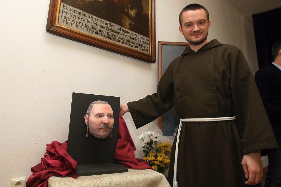 Představení 3D modelu tváře barona Trenka v Kapucínském klášteře v Brně.