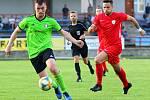 Další domácí porážku utrpěli v krajském přeboru fotbalisté Boskovic (zelené dresy). Po špatném druhém poločase podlehli Tatranu Bohunice vysoko 0:4.