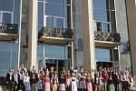 Novou divadelní sezonu ve čtvrtek zahájilo Národní divadlo Brno. Na piazzettě u fontány před Janáčkovým divadlem vystoupili sólisté operního i baletního souboru.