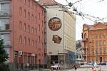 Přehlídka Sochy v ulicích – Brno Art Open 2017. Svá díla kolemjdoucím představuje třináct autorů z České republiky i zahraničí.