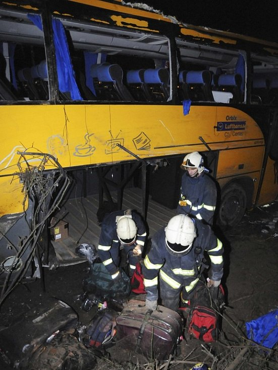 Nehoda autobusu společnosti Student Agency poblíž slovenského Trenčína.