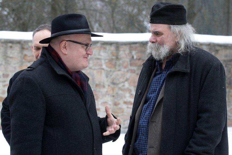 Ministr kultury Daniel Herman a kastelán hradu Pernštejn Zdeněk Jakub Škrabal.
