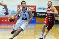 Basketbalisté brněnského Mmcité v zápase s Tury ze Svitav.