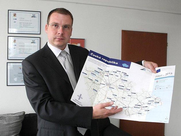 Ředitel brněnského závodu státní společnosti Ředitelství silnic Zdeněk Pánek.