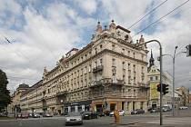 Památkově chráněný bytový dům v Brně na Kolišti 49 se v dražbě prodal za 101,6 milionu korun.