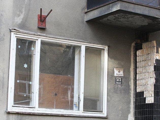 Dům v Bayerově ulici zeje čtyři roky prázdnotou.